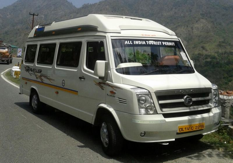 Best 12 seater Tempo Traveller in delhi