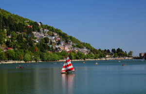 Enjoy a memorable Nainital, Ranikhet tour by tempo traveler
