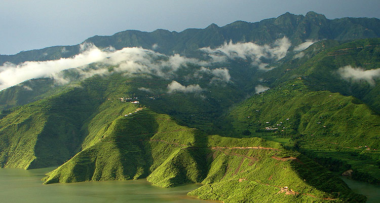 Hire Tempo Traveller for Tehri Garhwal