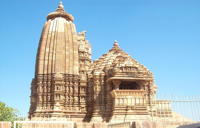 Tour package for Khajuraho – An expatriation to beautiful city of temples