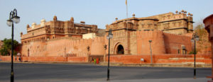 Have a wonderful time by hiring Tempo traveller for Bikaner