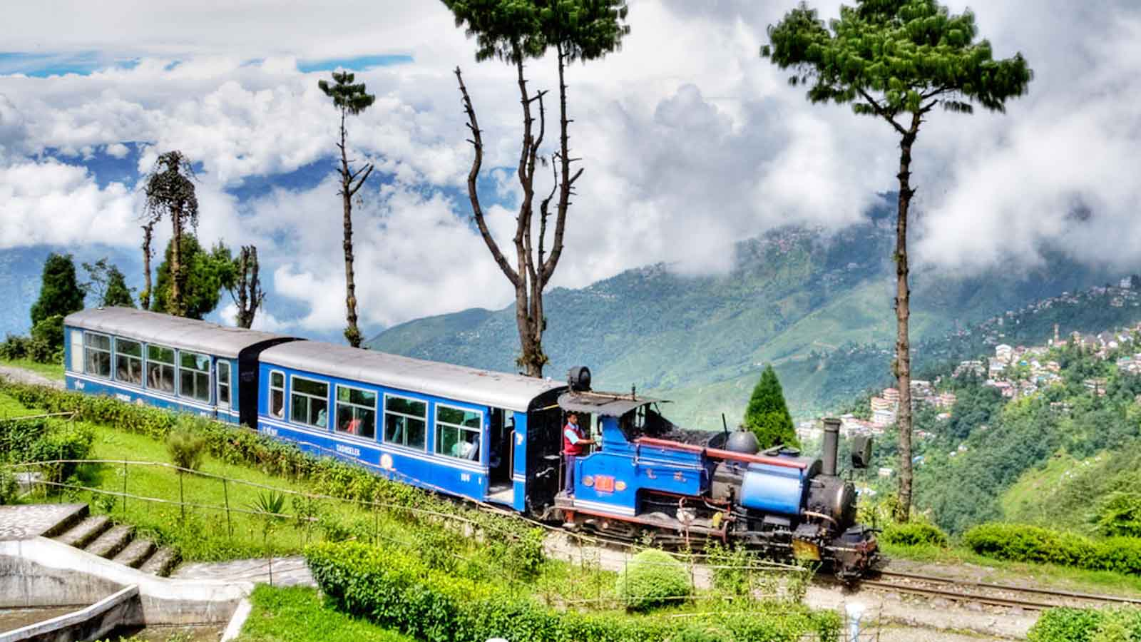 The fascinating view of Darjeeling