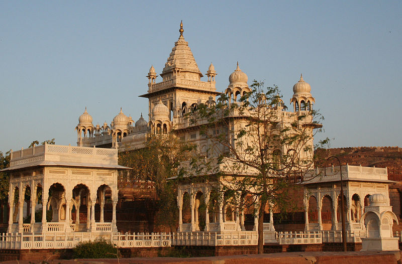 Tour to the royal place of Jodhpur
