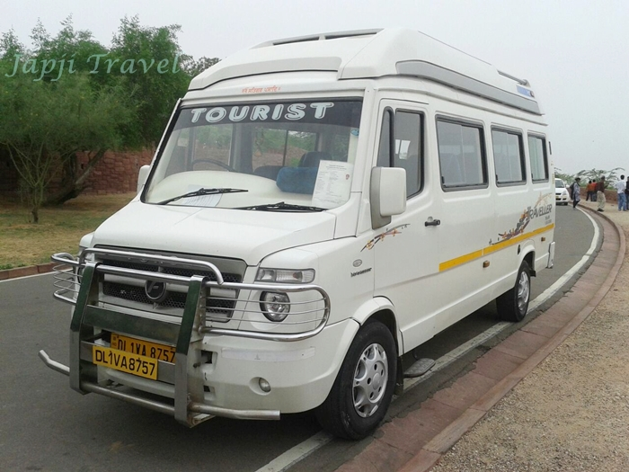 Luxury Tempo Travel Hire for Chandigarh