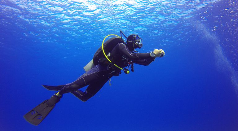 Scuba_diving_Things_to_do_in_goa