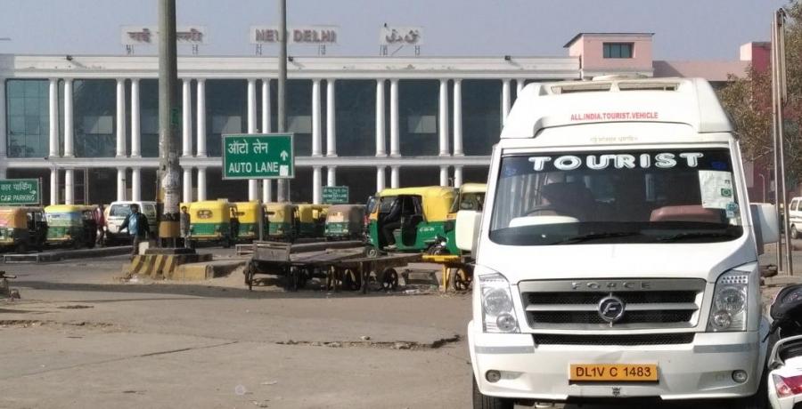 Tempo Traveller Hire Delhi