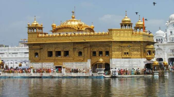 Amritsar With Delhi Sightseeing