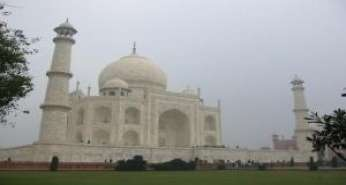 Delhi Agra One Day Trip By Tempo Traveller