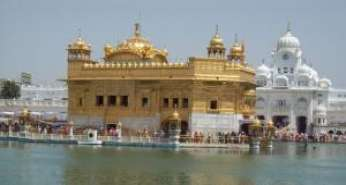 Chandigarh To Amritsar Tempo Traveller